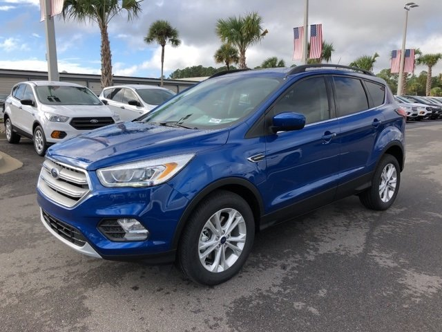 2019 Lightning Blue Metallic Ford Escape SEL EcoBoost 1.5L I4 GTDi DOHC Turbocharged VCT Engine 4X4 Automatic 4 Door
