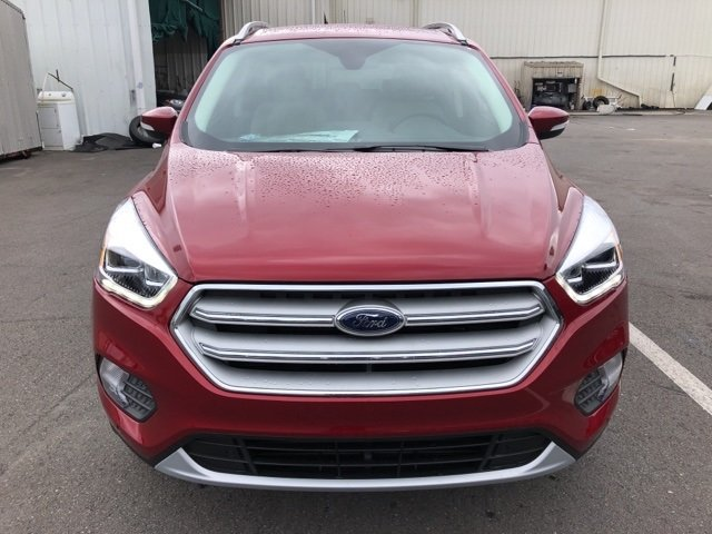 2019 Ruby Red Metallic Tinted Clearcoat Ford Escape Titanium 4 Door SUV EcoBoost 2.0L I4 GTDi DOHC Turbocharged VCT Engine