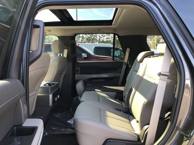 2019 Magnetic Metallic Ford Expedition XLT SUV EcoBoost 3.5L V6 GTDi DOHC 24V Twin Turbocharged Engine RWD