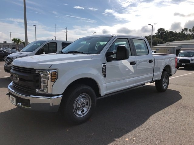 2018 Oxford White Ford Super Duty F-250 SRW XL Automatic 4 Door Truck V8 Engine RWD
