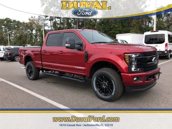 2019 Ruby Red Metallic Tinted Clearcoat Ford Super Duty F-250 SRW Lariat Power Stroke 6.7L V8 DI 32V OHV Turbodiesel Engine 4 Door 4X4 Automatic Truck