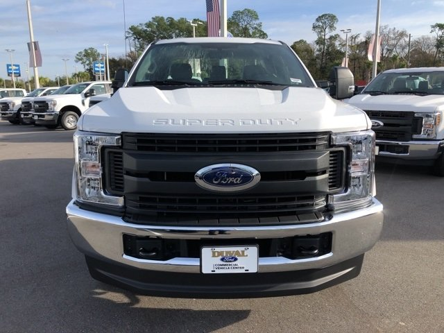2019 Oxford White Ford Super Duty F-250 SRW XL Automatic 4 Door 4X4 Truck 6.2L SOHC Engine