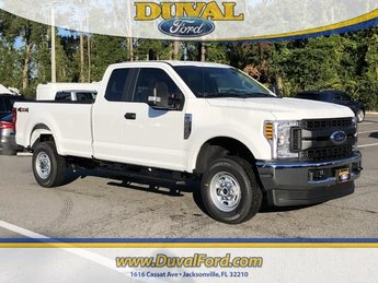 2019 Oxford White Ford Super Duty F-250 SRW XL 4 Door Automatic 4X4