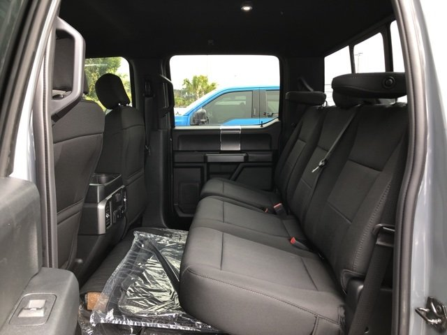 2019 Gray Metallic Ford F-150 XLT 4 Door EcoBoost 3.5L V6 GTDi DOHC 24V Twin Turbocharged Engine Automatic Truck