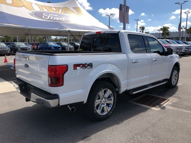 2018 White Metallic Ford F-150 Lariat Automatic 4 Door 4X4 5.0L V8 Ti-VCT Engine Truck