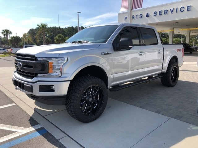 2018 Ingot Silver Metallic Ford F-150 XLT Truck 4X4 Automatic 4 Door