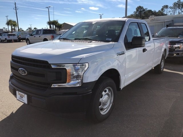 2019 Oxford White Ford F-150 XL 5.0L V8 Ti-VCT Engine 4 Door RWD