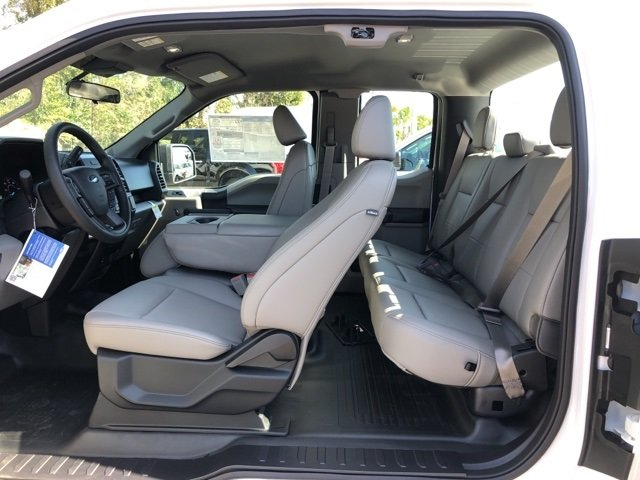 2019 Oxford White Ford F-150 XL 4 Door Automatic Truck RWD