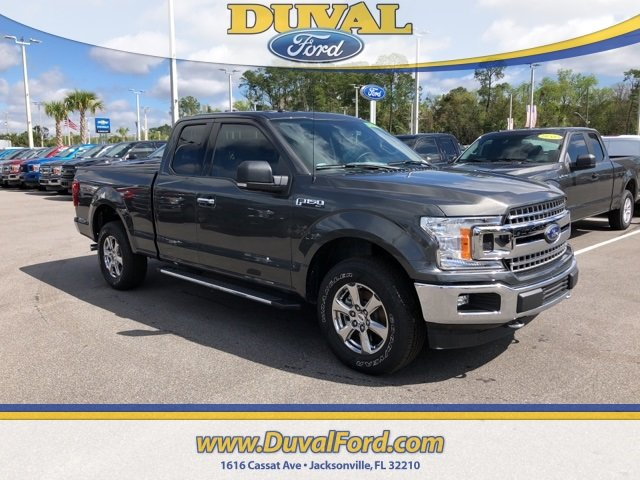 2018 Magnetic Metallic Ford F-150 XLT 3.3L V6 Ti-VCT 24V Engine 4 Door 4X4 Automatic