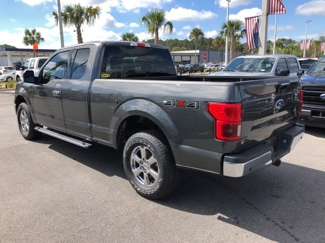 2018 Magnetic Metallic Ford F-150 XLT Truck 4 Door 3.3L V6 Ti-VCT 24V Engine