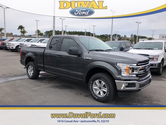 2018 Magnetic Metallic Ford F-150 XLT Truck Automatic 4 Door