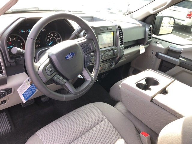 2018 Blue Ford F-150 XLT 4 Door 5.0L V8 Ti-VCT Engine Automatic Truck 4X4