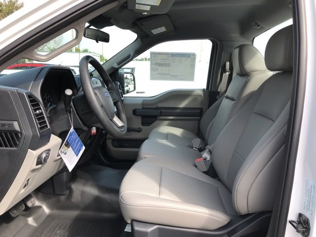 2019 Oxford White Ford F-150 XL Truck RWD 2 Door 3.3L V6 Ti-VCT 24V Engine