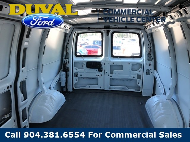 2018 Summit White Chevy Express 2500 Work Van RWD 4.3L V6 Engine Van 3 Door