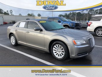 2014 Pewter Grey Pearlcoat Chrysler 300 Base 3.6L 6-Cylinder SMPI DOHC Engine 4 Door Sedan