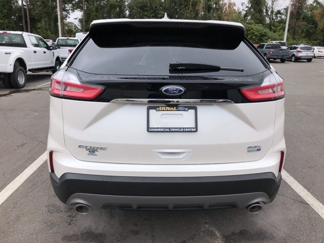 2019 White Platinum Clearcoat Metallic Ford Edge SEL Automatic AWD 2.0L Engine