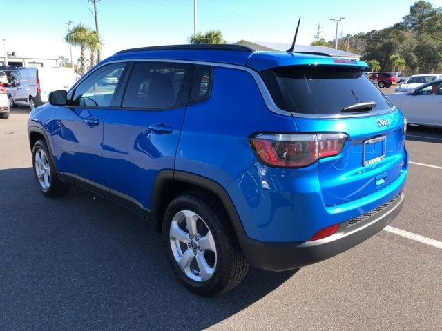 2018 Laser Blue Pearlcoat Jeep Compass Latitude 4 Door SUV Automatic