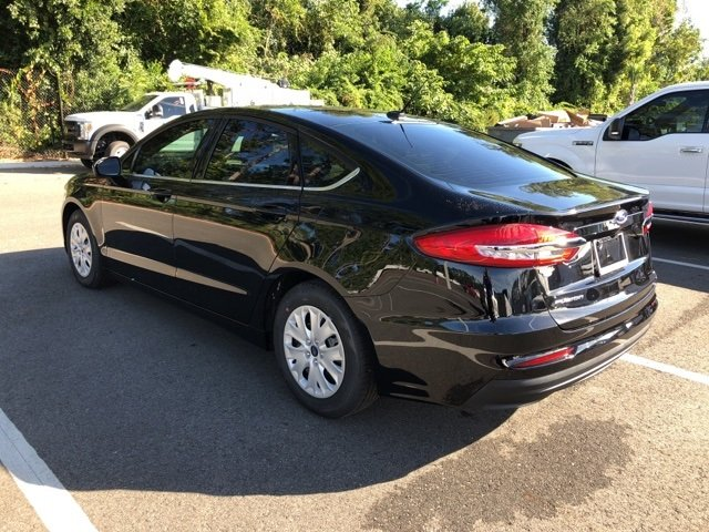 2019 Agate Black Ford Fusion S Sedan 4 Door 2.5L i-VCT Engine Automatic