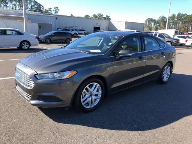 2016 Ford Fusion SE FWD Sedan 2.5L iVCT Engine 4 Door Automatic