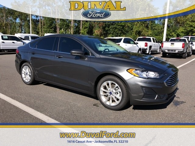 2019 Magnetic Metallic Ford Fusion SE 4 Door EcoBoost 1.5L I4 GTDi DOHC Turbocharged VCT Engine Sedan