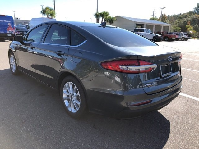 2019 Magnetic Metallic Ford Fusion SE Sedan 4 Door EcoBoost 1.5L I4 GTDi DOHC Turbocharged VCT Engine Automatic