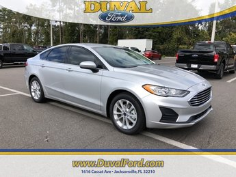 2019 Ingot Silver Metallic Ford Fusion SE 4 Door EcoBoost 1.5L I4 GTDi DOHC Turbocharged VCT Engine Automatic FWD
