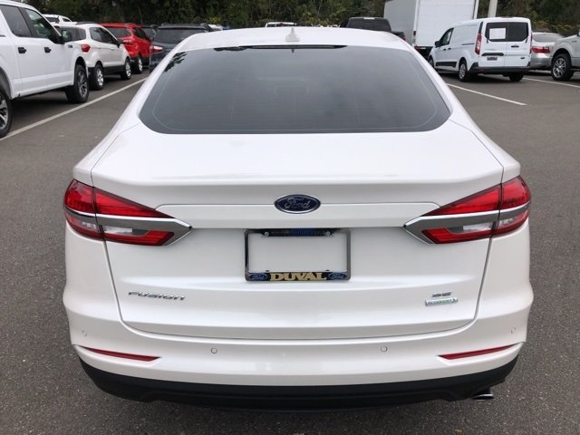 2019 Ford Fusion SE 4 Door Sedan FWD EcoBoost 1.5L I4 GTDi DOHC Turbocharged VCT Engine Automatic