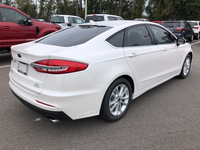 2019 Ford Fusion SE 4 Door FWD Automatic EcoBoost 1.5L I4 GTDi DOHC Turbocharged VCT Engine Sedan