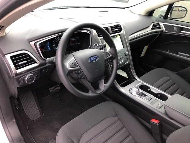 2019 Ford Fusion SE EcoBoost 1.5L I4 GTDi DOHC Turbocharged VCT Engine FWD Automatic 4 Door