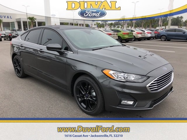 2019 Magnetic Metallic Ford Fusion SE Sedan Automatic FWD 4 Door EcoBoost 1.5L I4 GTDi DOHC Turbocharged VCT Engine
