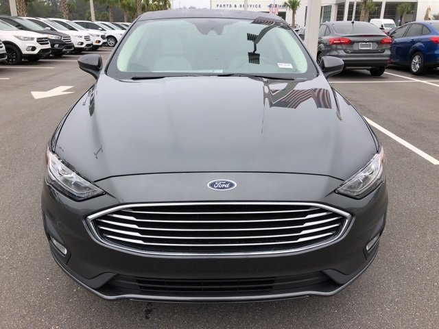 2019 Magnetic Metallic Ford Fusion SE FWD EcoBoost 1.5L I4 GTDi DOHC Turbocharged VCT Engine Sedan Automatic 4 Door