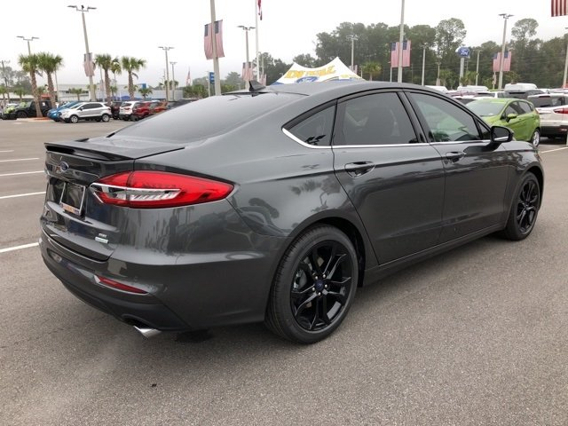 2019 Magnetic Metallic Ford Fusion SE EcoBoost 1.5L I4 GTDi DOHC Turbocharged VCT Engine 4 Door Sedan FWD Automatic