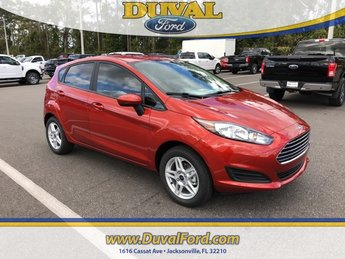 2019 Chili Pepper Red Ford Fiesta SE Hatchback FWD 4 Door