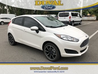 2019 White Platinum Clearcoat Metallic Ford Fiesta SE 4 Door Automatic FWD 1.6L I4 Ti-VCT Engine Hatchback
