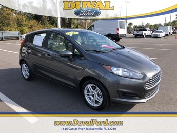 2017 Magnetic Metallic Ford Fiesta SE 1.6L I4 Ti-VCT Engine FWD Automatic Hatchback 4 Door