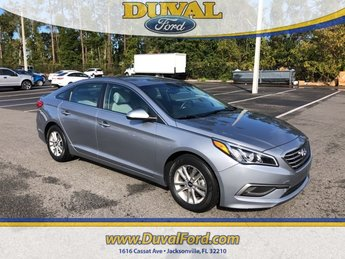 2016 Hyundai Sonata SE FWD Sedan 2.4L I4 DGI DOHC 16V ULEV II 185hp Engine 4 Door Automatic