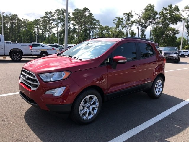 2018 Ruby Red Metallic Tinted Clearcoat Ford EcoSport SE Automatic EcoBoost 1.0L I3 GTDi DOHC Turbocharged VCT Engine FWD 4 Door