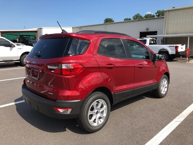 2018 Ruby Red Metallic Tinted Clearcoat Ford EcoSport SE EcoBoost 1.0L I3 GTDi DOHC Turbocharged VCT Engine 4 Door Automatic