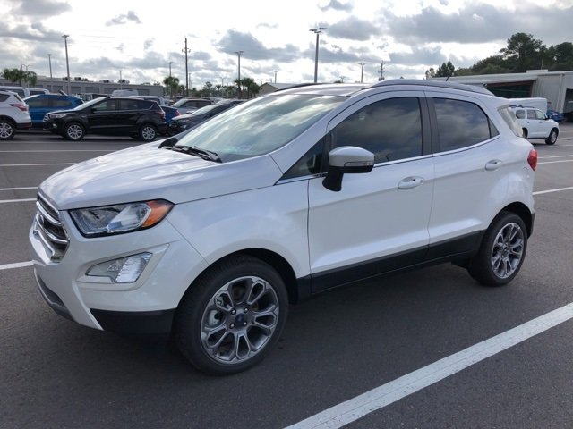 2018 White Platinum Clearcoat Metallic Ford EcoSport Titanium SUV EcoBoost 1.0L I3 GTDi DOHC Turbocharged VCT Engine 4 Door