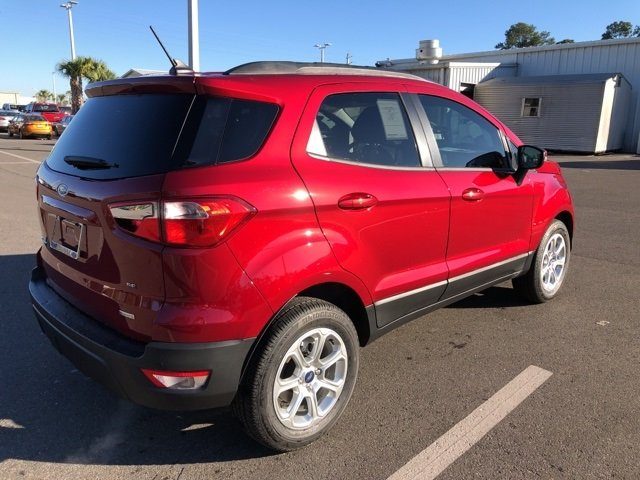 2019 Ruby Red Metallic Tinted Clearcoat Ford EcoSport SE FWD Automatic 4 Door