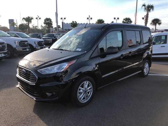 2019 Shadow Black Ford Transit Connect XLT FWD I4 Engine Van