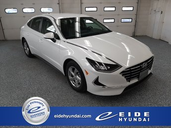 2020 Quartz White Hyundai Sonata SE Sedan FWD I4 Engine 4 Door