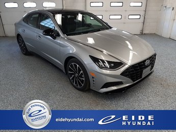 2020 Shimmering Silver Pearl Hyundai Sonata SEL Plus Automatic Sedan FWD 1.6L I4 Engine 4 Door