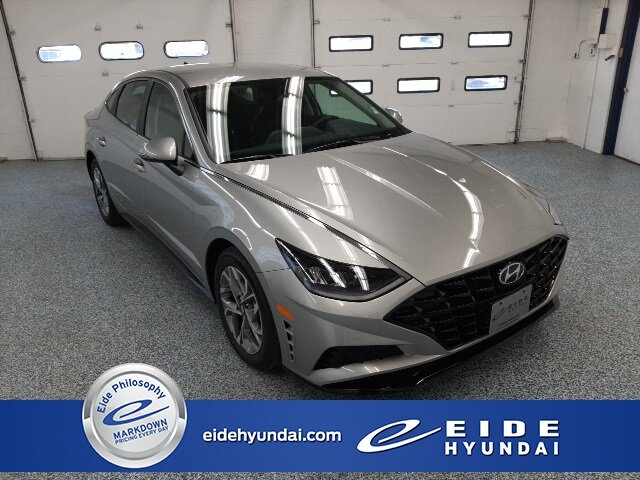 2020 Shimmering Silver Pearl Hyundai Sonata SEL FWD 4 Door 2.5L I4 Engine Automatic