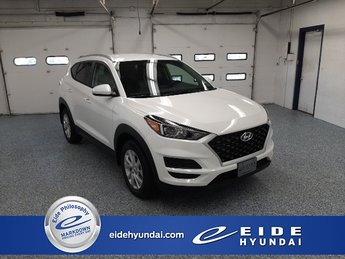 2021 White Cream Hyundai Tucson Value AWD SUV I4 Engine 4 Door