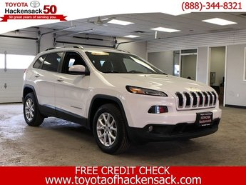2016 Bright White Clearcoat Jeep Cherokee Latitude SUV Automatic AWD