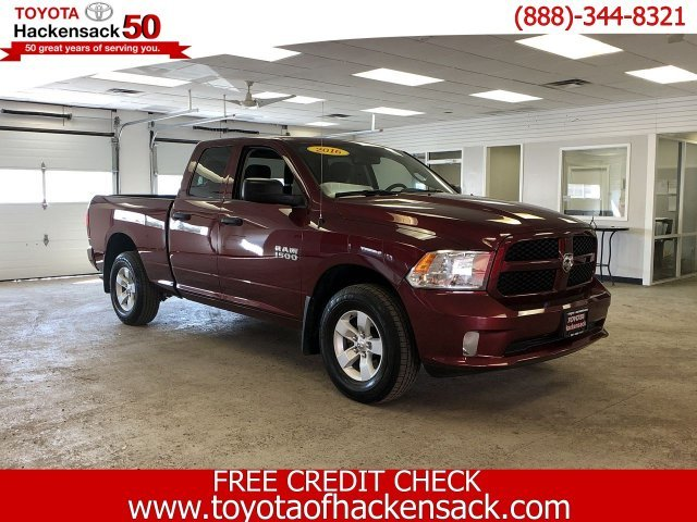 2016 Delmonico Red Pearlcoat Ram 1500 Express 4X4 Truck Automatic Regular Unleaded V-6 3.6 L/220 Engine 4 Door
