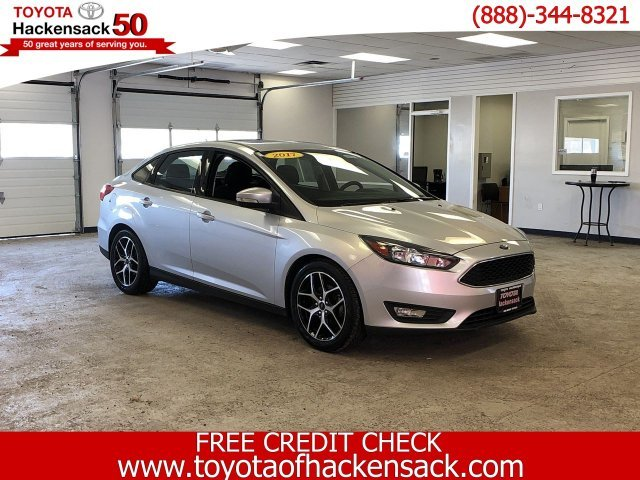 2017 Ford Focus SEL Automatic FWD 4 Door Regular Unleaded I-4 2.0 L/122 Engine
