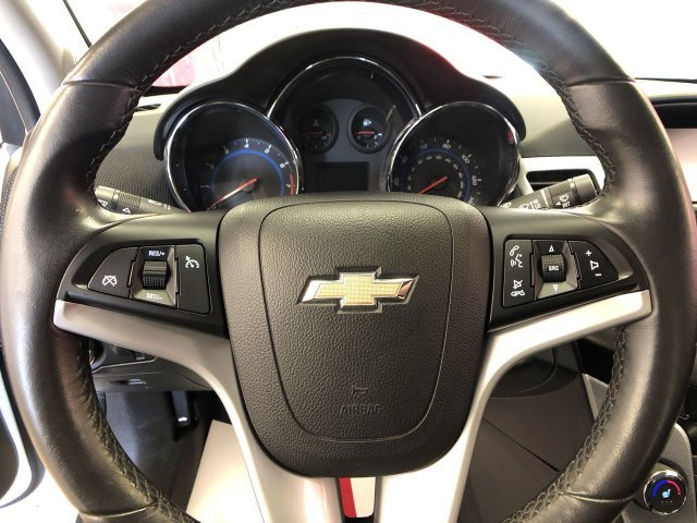 2016 Chevy Cruze Limited LTZ Turbocharged Gas I4 1.4L/83 Engine FWD 4 Door Automatic Sedan