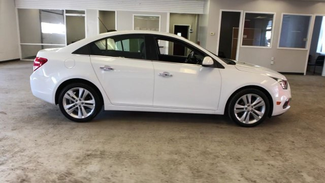 2016 Summit White Chevy Cruze Limited LTZ FWD 4 Door Automatic Sedan